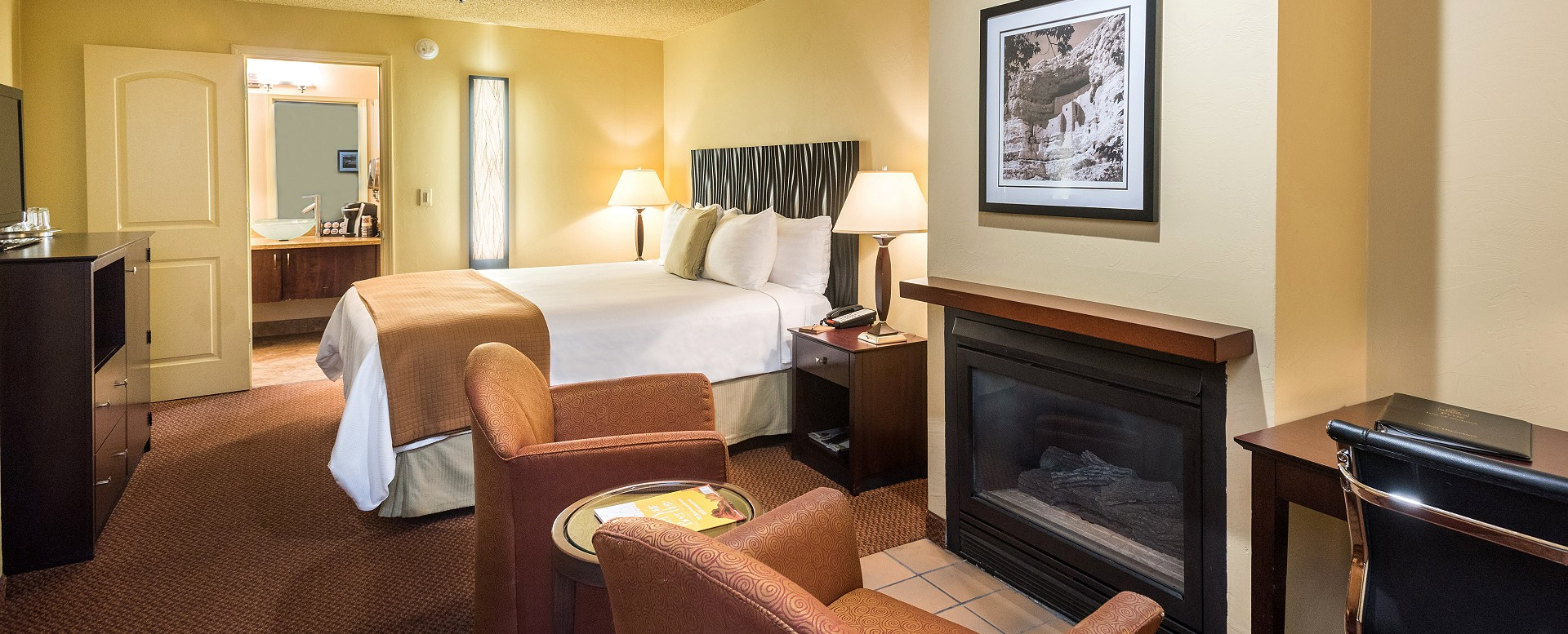 Best Western Plus Inn of Sedona-Guestroom with fireplace
